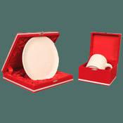 Seramik beyaz tabak + Porselen Beyaz Kupa + özel kadife kutu + tasarım + baskı